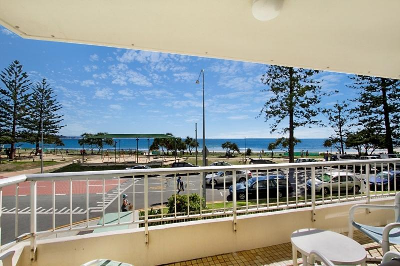Rainbow Place unit 4 - Image 1 - Tweed Heads - rentals