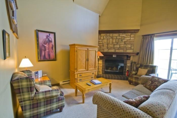 Amazing House in Mont Tremblant (Les Manoirs | 120-4) - Image 1 - Mont Tremblant - rentals