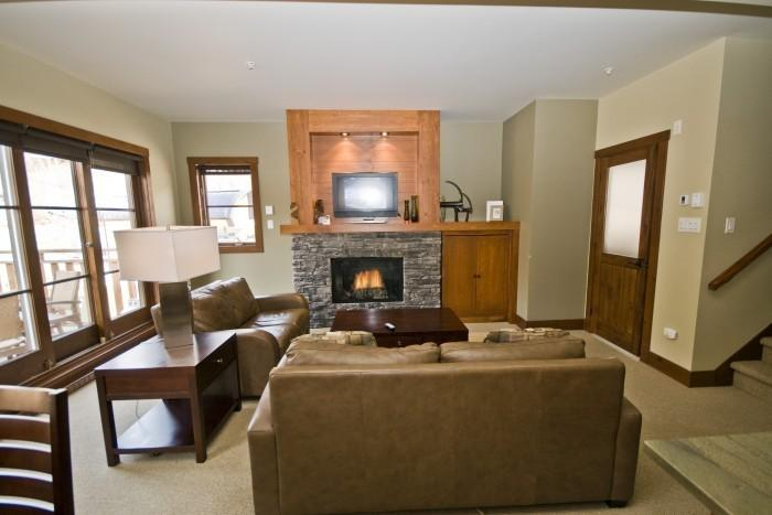 House with 3 Bedroom, 3 Bathroom in Mont Tremblant (Etoile du Matin   1520-11) - Image 1 - Mont Tremblant - rentals