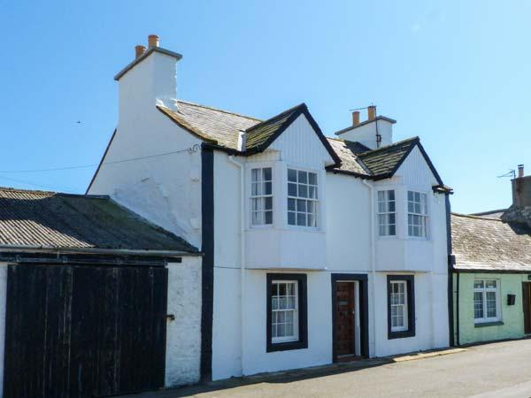 HARBOUR HOUSE, child-friendly, harbourside cottage in Isle of Whithorn, WiFi, Ref. 24866 - Image 1 - Isle Of Whithorn - rentals