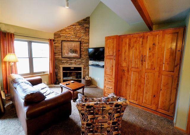 River Mountain Lodge W311 Ski-in Condo Downtown Breckenridge Vacation - Image 1 - Breckenridge - rentals