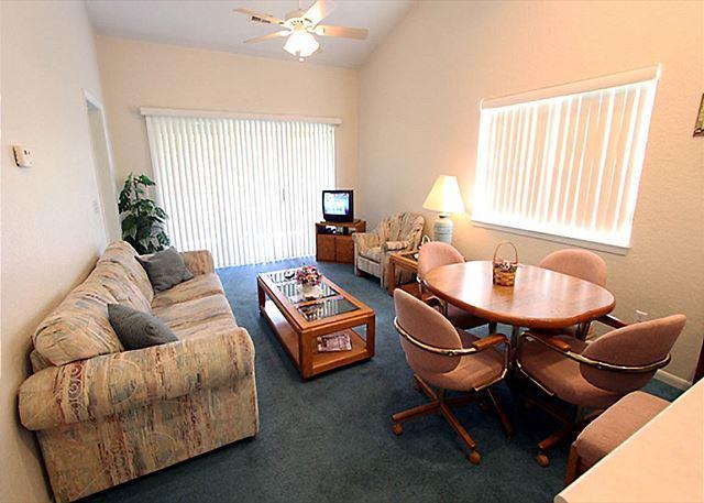 Living Room - Birdie Bungalow- 2 Bedroom, 2 Bath Condo with Wooded View - Branson - rentals