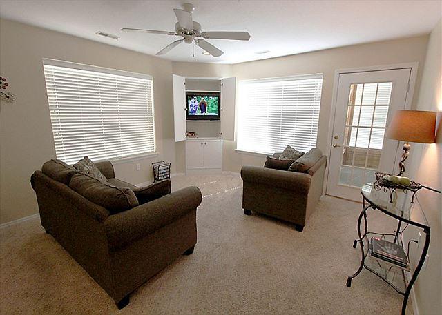 Living Room - Fairways Retreat- 2 Bedroom, 2 Bath, Golf Condo - Branson - rentals