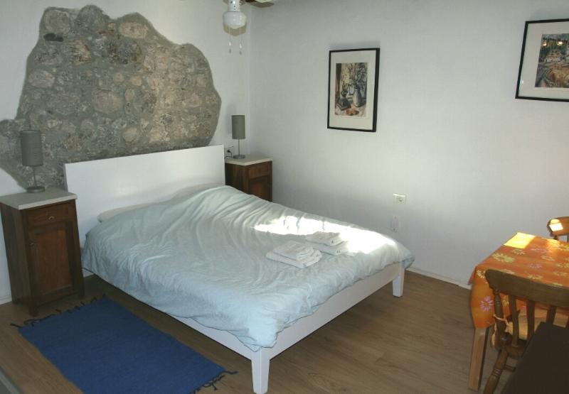 Twin Studio Apartment - centre Kobarid - sleeps 2 - Image 1 - Kobarid - rentals