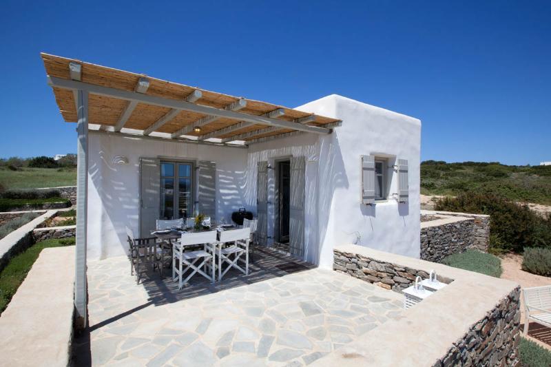 Shaded terrace view - Villa Elia - Kid friendly next to best beach - Paros - rentals