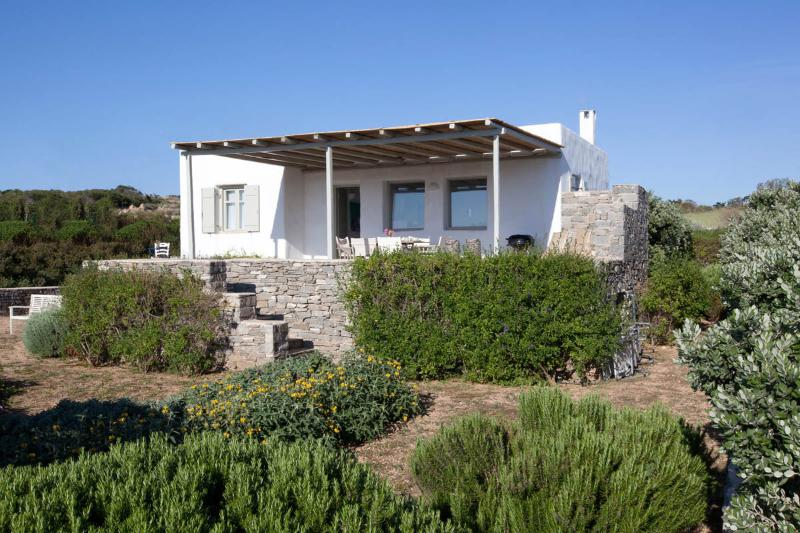 External view - Villa Rodia - Aegean bliss,next to the best beach - Paros - rentals