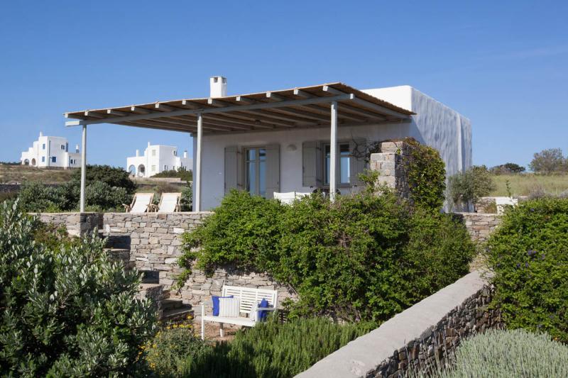 External view - Villa Daphne - Relax next to the best Paros beach - Naoussa - rentals