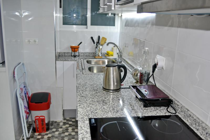 kitchen - A specious modern clean apartment in Valencia cent - Valencia - rentals