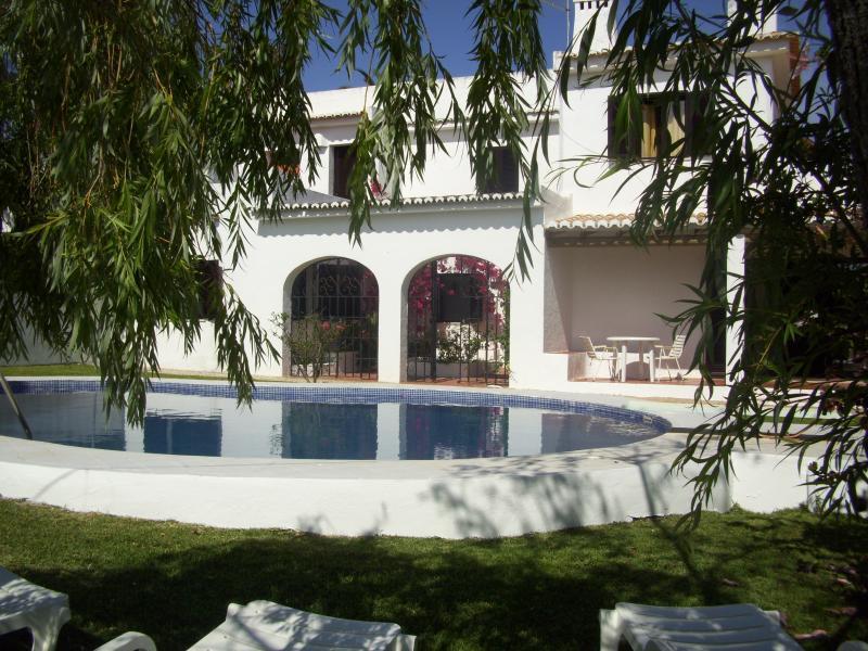 Day and Night Albufeira Villa - Image 1 - Albufeira - rentals
