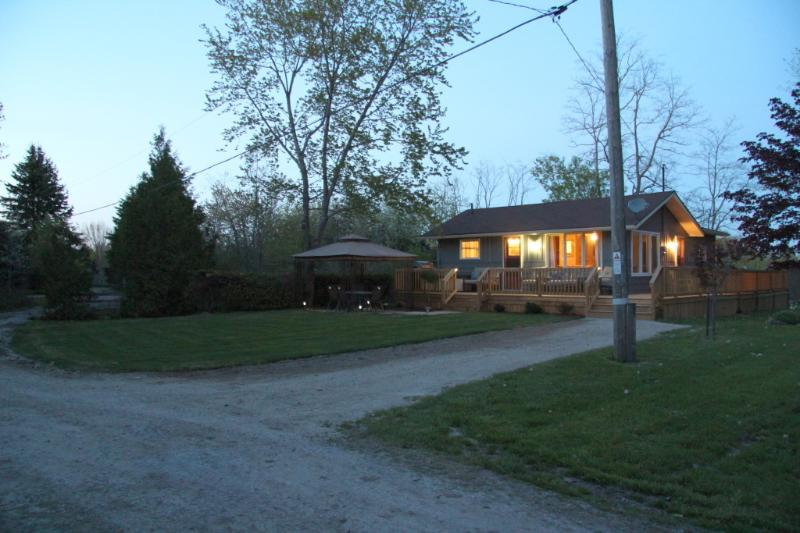 Lake Street Cottage - Lake Street Cottage - Goderich - rentals