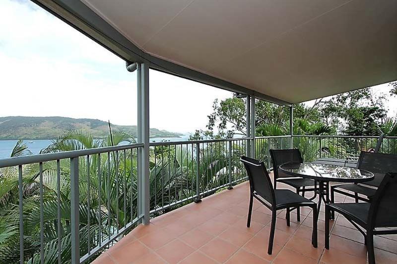 Balcony - Heliconia Grove 8 - Hamilton Island - rentals