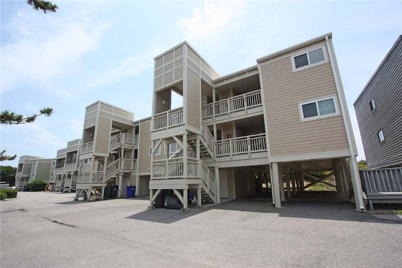 Captains Choice #303 1000 Caswell Beach Road - Image 1 - Caswell Beach - rentals