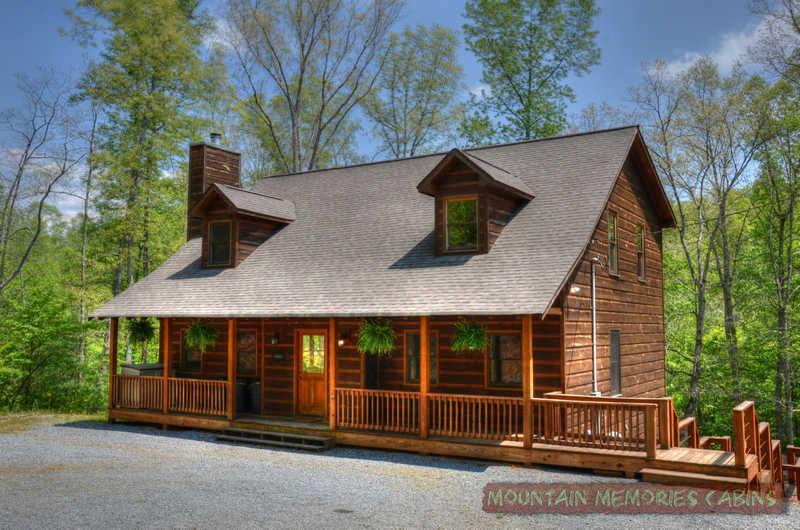 Turtle Creek Retreat Cabin - Turtle Creek Retreat, Coosawattee - Sleeps 20 - Ellijay - rentals