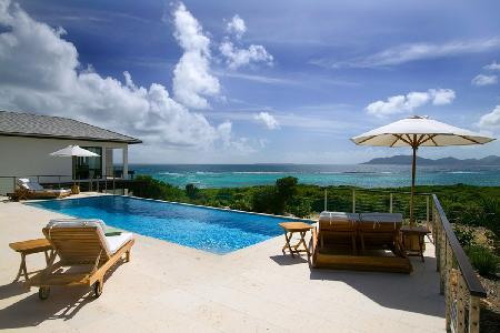 Beachfront Anani-Kamique with pool & stunning views of the secluded cove beach and the mountains - Image 1 - Little Harbour - rentals