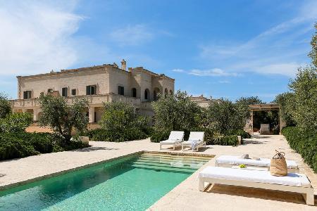 Villa Giardino Pugliese - Villa with large pool, citrus courtyard & privileged location - Image 1 - Brindisi - rentals