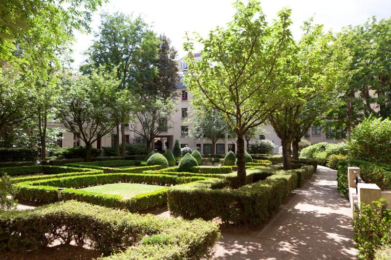 Latin Quarter Vacation Rental at Sorbonne Garden i - Image 1 - Paris - rentals