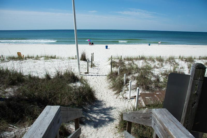Beach - Beautiful 1 Bedroom Oceanside Getaway - Panama City Beach - rentals