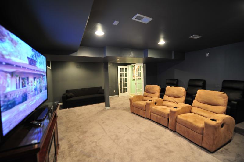 Golf Club Resort with Movie Theater!! - Image 1 - Tannersville - rentals