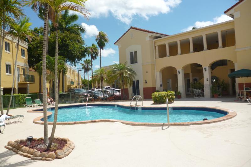Pool - Stylish Condo in Gated Community - Coconut Grove - rentals