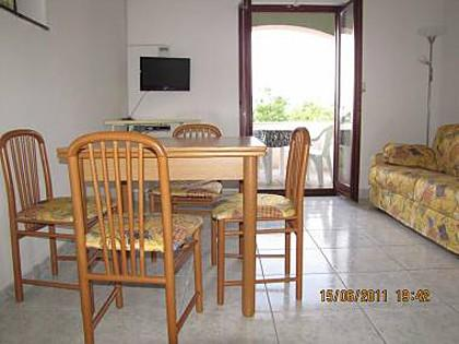 1B(2+2): dining room - 4491 1B(2+2) - Nin - Nin - rentals