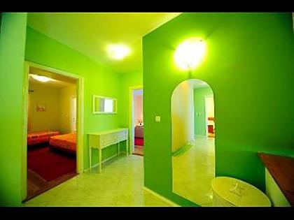 H(8+1): interior - 4755  H(8+1) - Supetar - Supetar - rentals