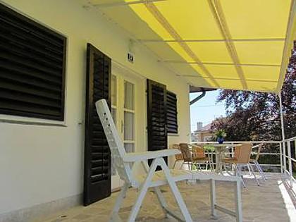 H(4): terrace - 5949 H(4) - Malinska - Malinska - rentals