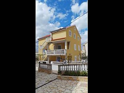 house - 7997  A1(6+2) - Crna Punta - Obrovac - rentals