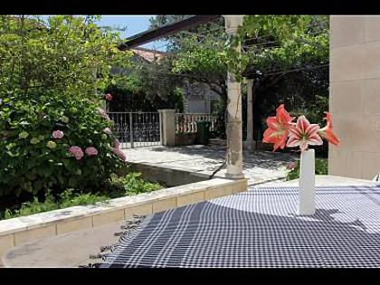 A1(4+2): terrace - 8087  A1(4+2) - Supetar - Supetar - rentals