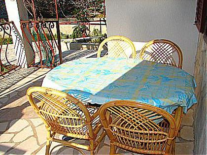 A1(4): garden terrace - 0306ROGO A1(4) - Rogoznica - Rogoznica - rentals