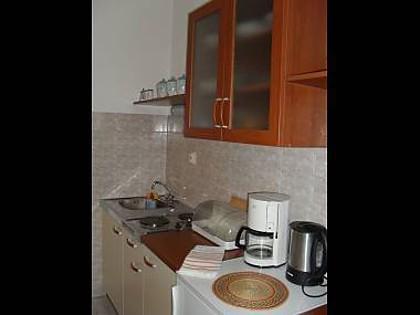 SA3(2+1) zeleni: kitchen - 01213BVOD  SA3(2+1) zeleni - Baska Voda - Baska Voda - rentals