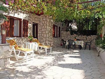A1(2+2): garden terrace - 02416DUBR A1(2+2) - Dubrovnik - Dubrovnik - rentals