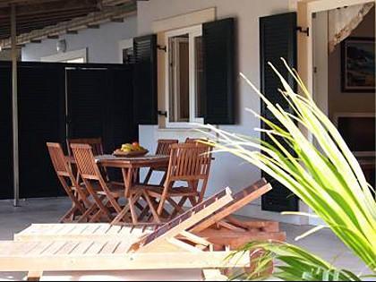 A2(4+2): terrace - 2084  A2(4+2) - Kampor - Kampor - rentals