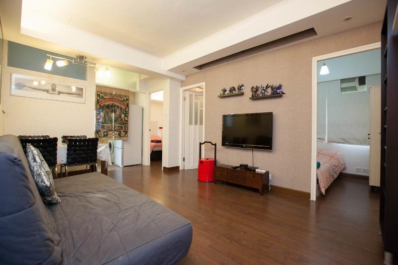 Living Room - Country-Style Apartment Near Times Sq. in Wan Chai, Hong Kong - Hong Kong - rentals