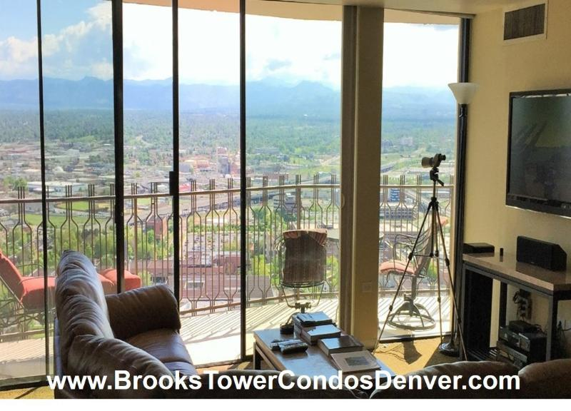 Penthse, Vuz,16 Street Mall-Convention Ctr, pool - Image 1 - Denver - rentals