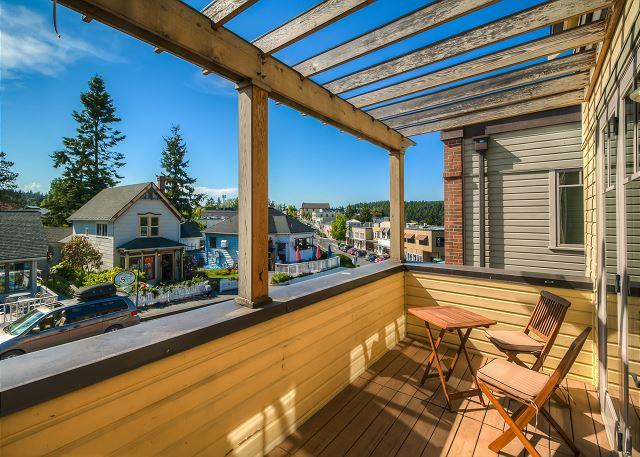Luxury Harbor View Condo In Heart of Friday Harbor! - (Churchill Plaza #3) - Image 1 - San Juan Island - rentals