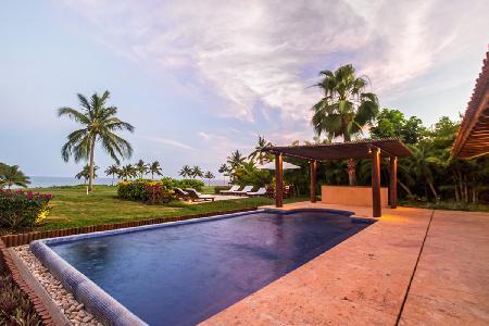 Casa Sol - Villa with pool, golf course & ocean views & access to many activities - Image 1 - Punta de Mita - rentals