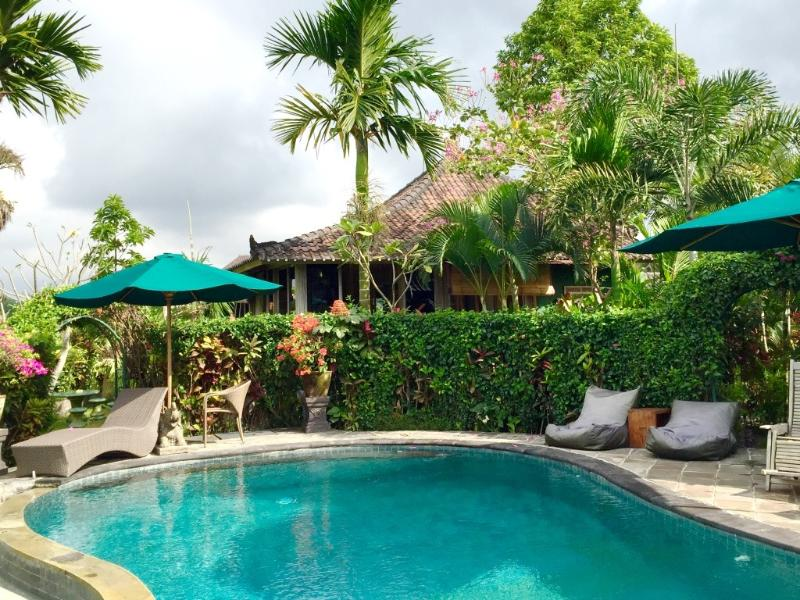 Jepun Cottage - peace and quiet in the ricefields - Jepun Cottage-peace and comfort in Penestanan Ubud - Ubud - rentals