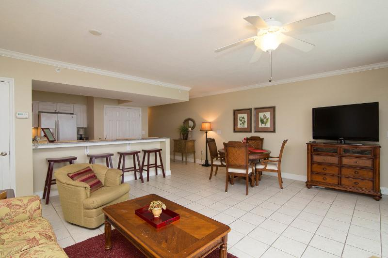Living Room - 5 Star Luxury 1 Bedroom at Emerald Beach - Panama City Beach - rentals