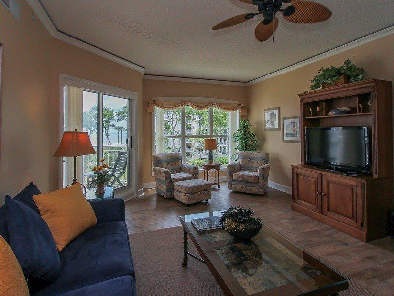 5303 Hampton Place is a beautiful 2 bedroom oceanfront villa rental in Palmetto Dunes - 5303 Hampton Place - Palmetto Dunes - rentals