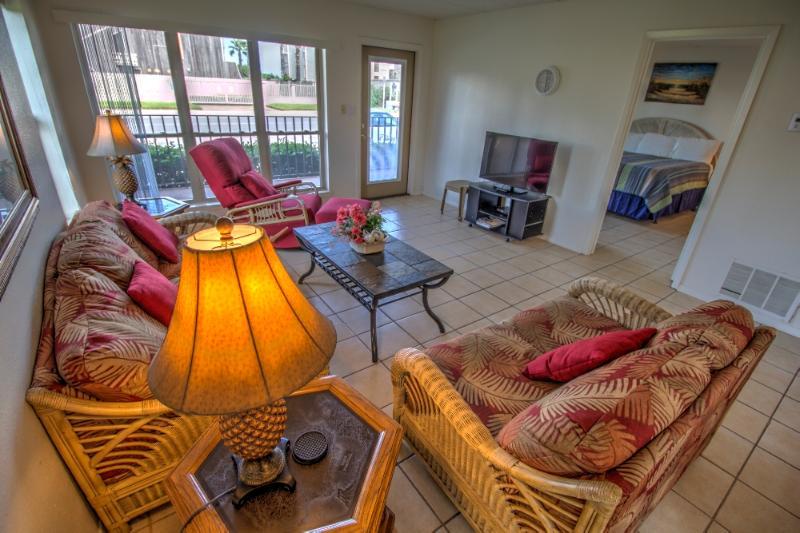 BEACHVIEW 106 - Image 1 - South Padre Island - rentals