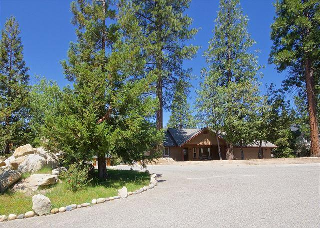 Danelly - Image 1 - Bass Lake - rentals