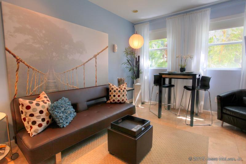 SOUTH OF FIFTH SECRET/ SLEEPS THREE - Image 1 - Miami Beach - rentals
