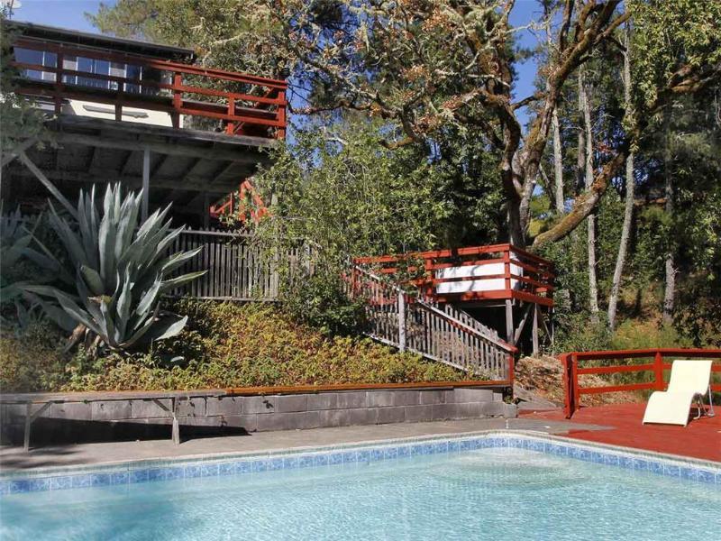 HIDDEN LAKE RETREAT - Image 1 - Forestville - rentals
