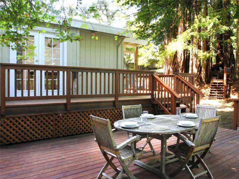 WAGGING WOODS - Image 1 - Cazadero - rentals