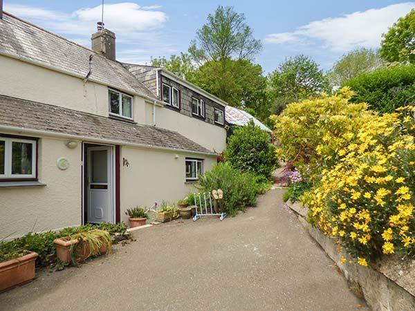 JOVALES, cosy romantic retreat, open fire, walks from door, in Morval, Ref 27189 - Image 1 - Morval - rentals