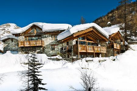 Chalet Le Mistral- Manchet Valley view, Ski-in/Ski out, 2 Jetted tubs & staff - Image 1 - Val-d'Isère - rentals