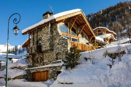 Chalet La Bergerie- superb Alps view, Ski-in/Ski-out, Jetted tub- sauna - Image 1 - Val-d'Isère - rentals