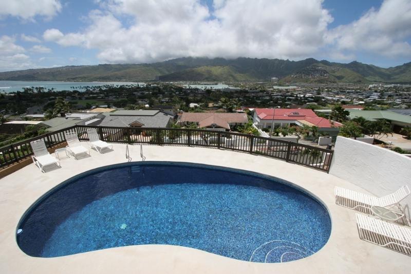 Pool View - Hale Ohana 3+BR, Pool, Oceanview, Partial A/C - Honolulu - rentals