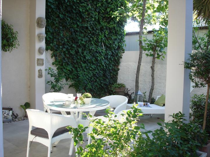 Terrace - Apartment PUNTA  center- 50m beach 2+2,30m2 - Vodice - rentals