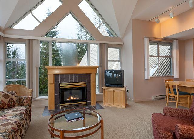 Cozy Living Area with Gas Fireplace, Flat Screen TV (not picture - Woodrun Lodge 517 | Ski-in/Ski-out, Fireplace, Common Hot Tub and Pool - Whistler - rentals